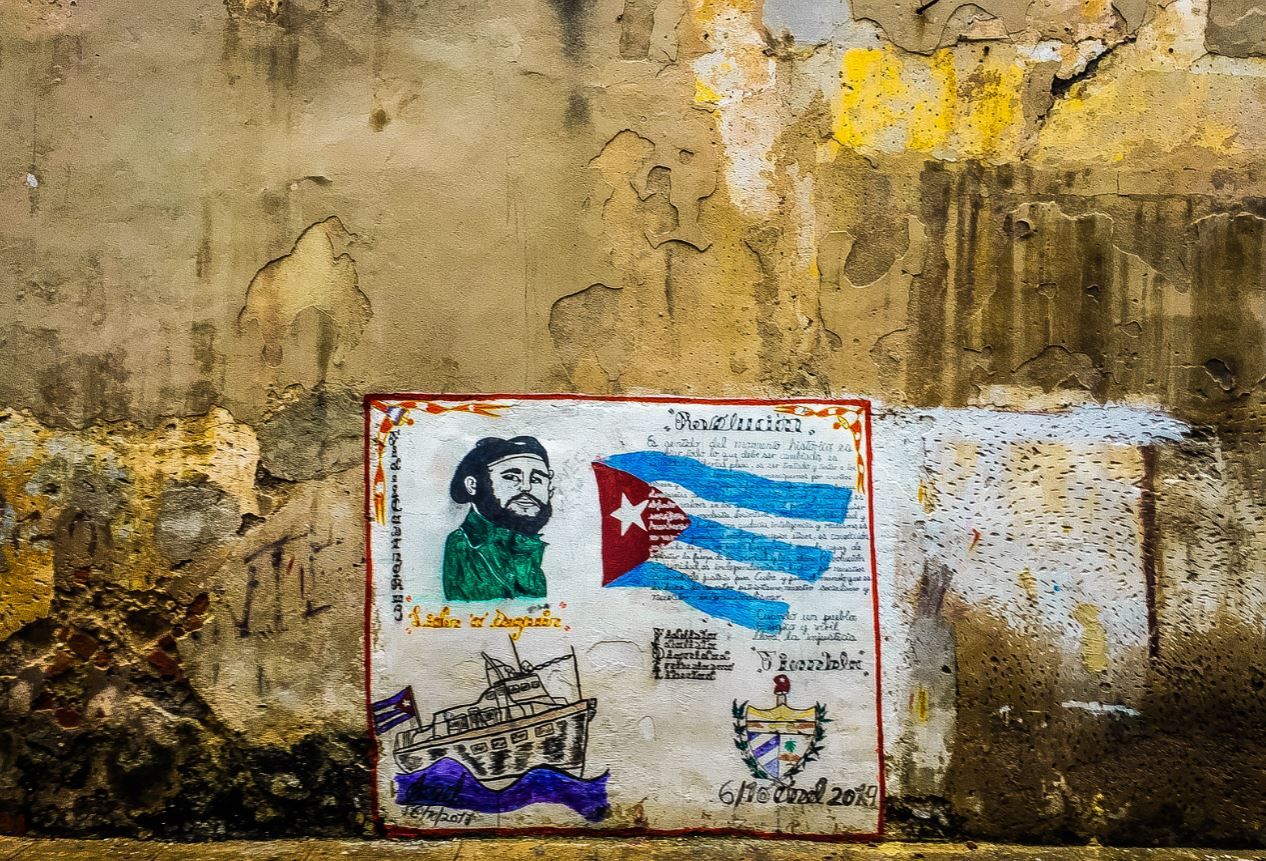 "Translation and its role in the Cuban people's ""diaspora"""